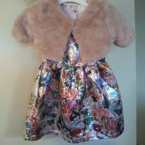 Nwot Size 4 beautiful vest and dress